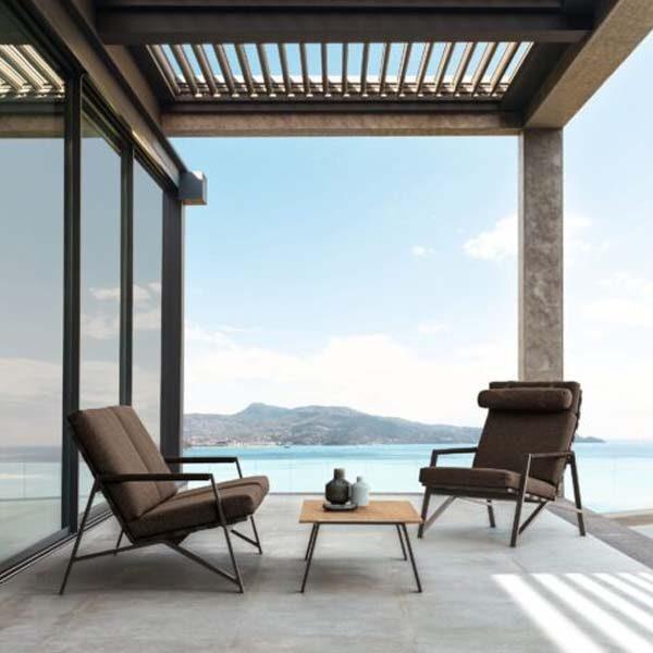 Lounge chairs & sofas
